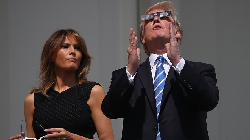 trump-eclipse4-1503359676568-8071576-ver1-0.jpg