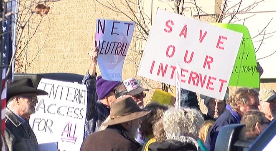 Net neutrality protest in Medford, Oregon. (KTVL)