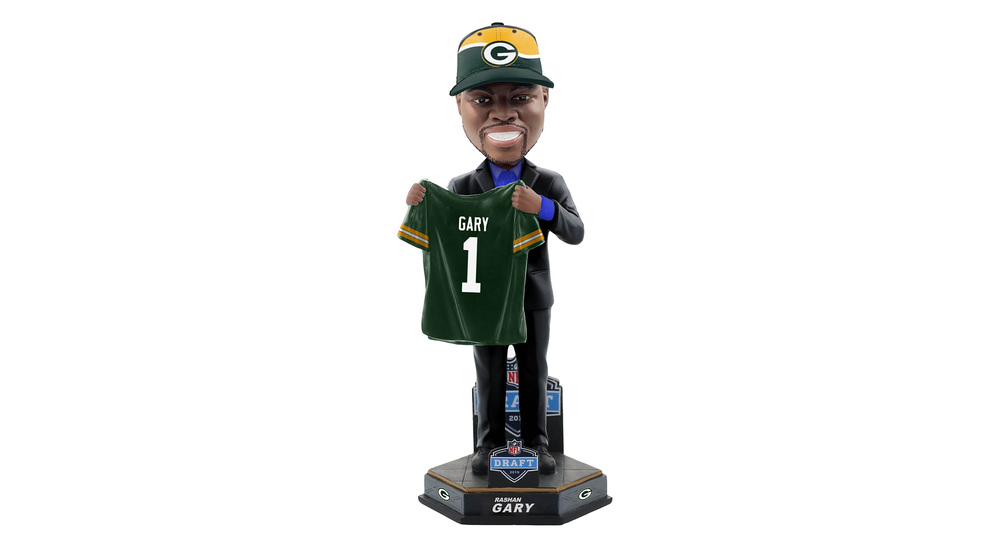 Bobblehead of Packers top pick Gary being sold