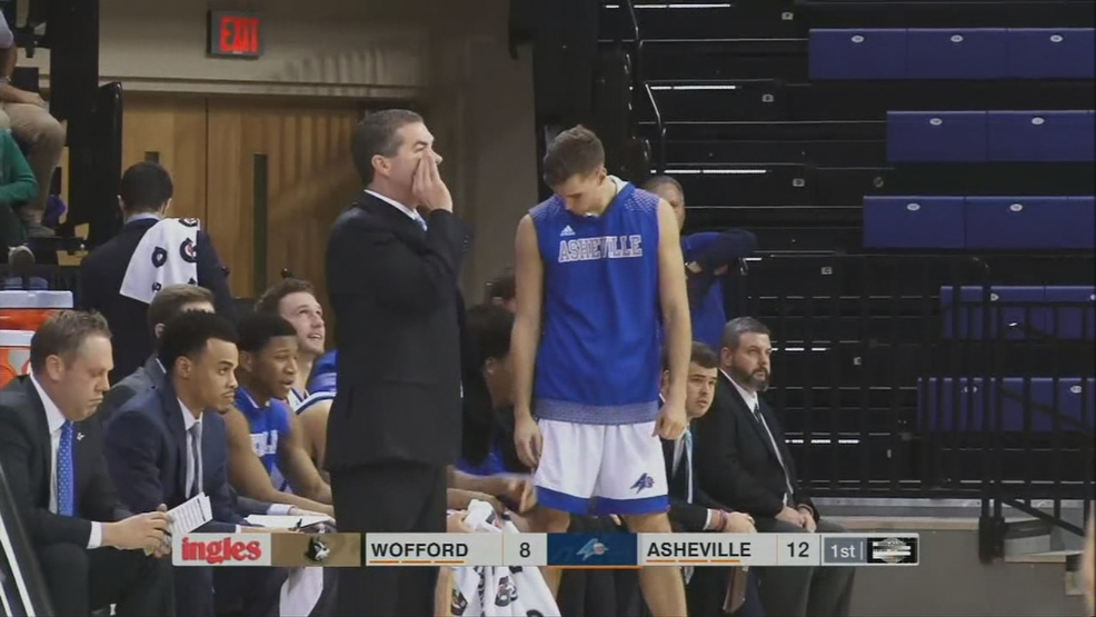 UNCA MEN VS WOFFORD.transfer_frame_1036.jpg