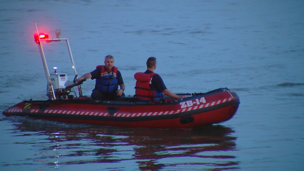 Officials identify missing boater, search continues in Ohio River