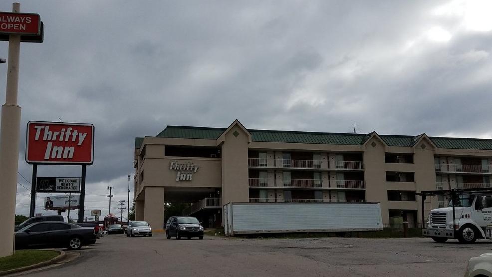 Metro Nashville Police Have Raided And Padlocked The Thrifty Inn At I 24 Harding Place Friday Morning