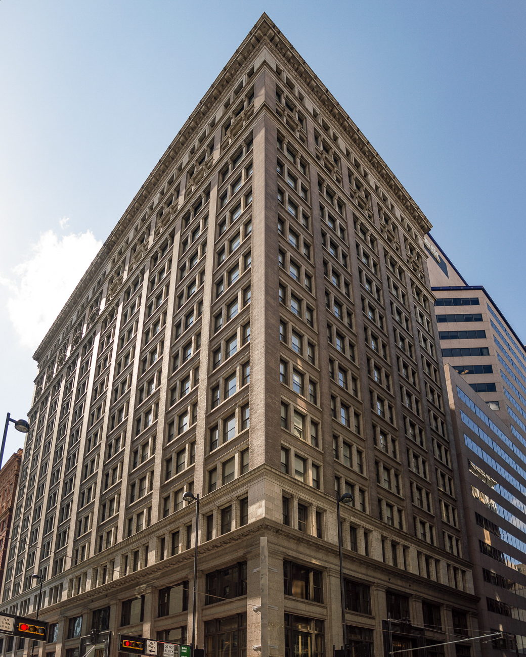 4th Street has multiple hotels: one of which is the Renaissance Hotel / ADDRESS: 36 E 4th Street / Image: Phil Armstrong, Cincinnati Refined // Published: 4.23.18
