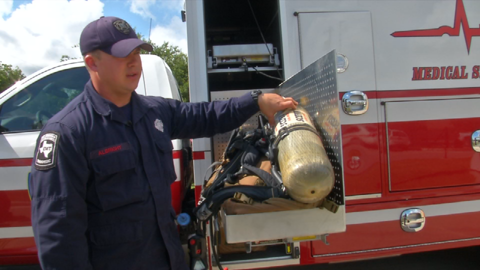 Air tanks and packs are always charged and ready in the unit for any time a paramedic may need to go into a burning building situation.<p></p>
