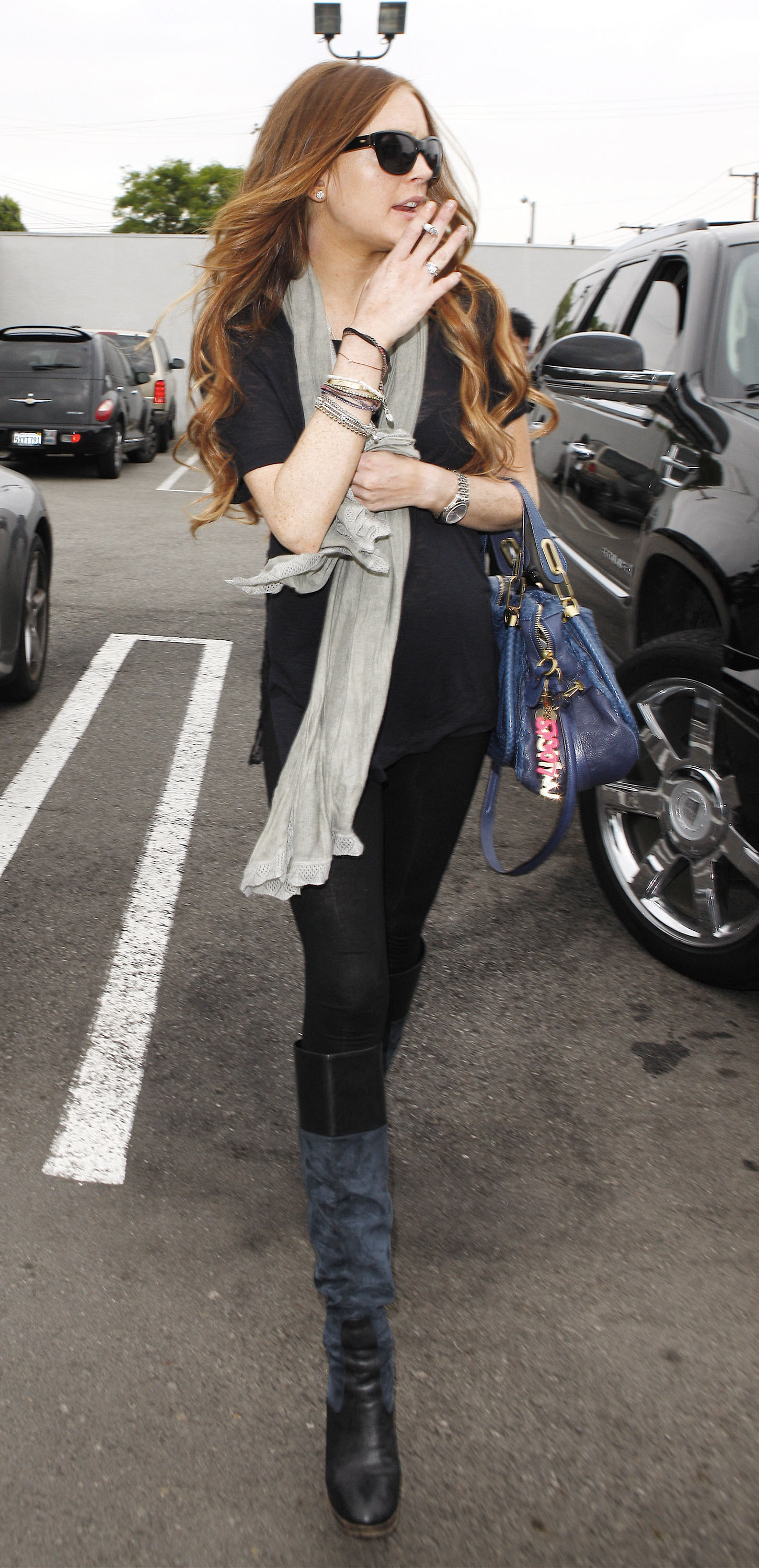 Lindsay Lohan leaves Andy Lecompte Salon in West Hollywood smoking a cigarette. Los Angeles, California - 11.06.09  Featuring: Lindsay Lohan Where: United States When: 11 Jun 2009 Credit: WENN