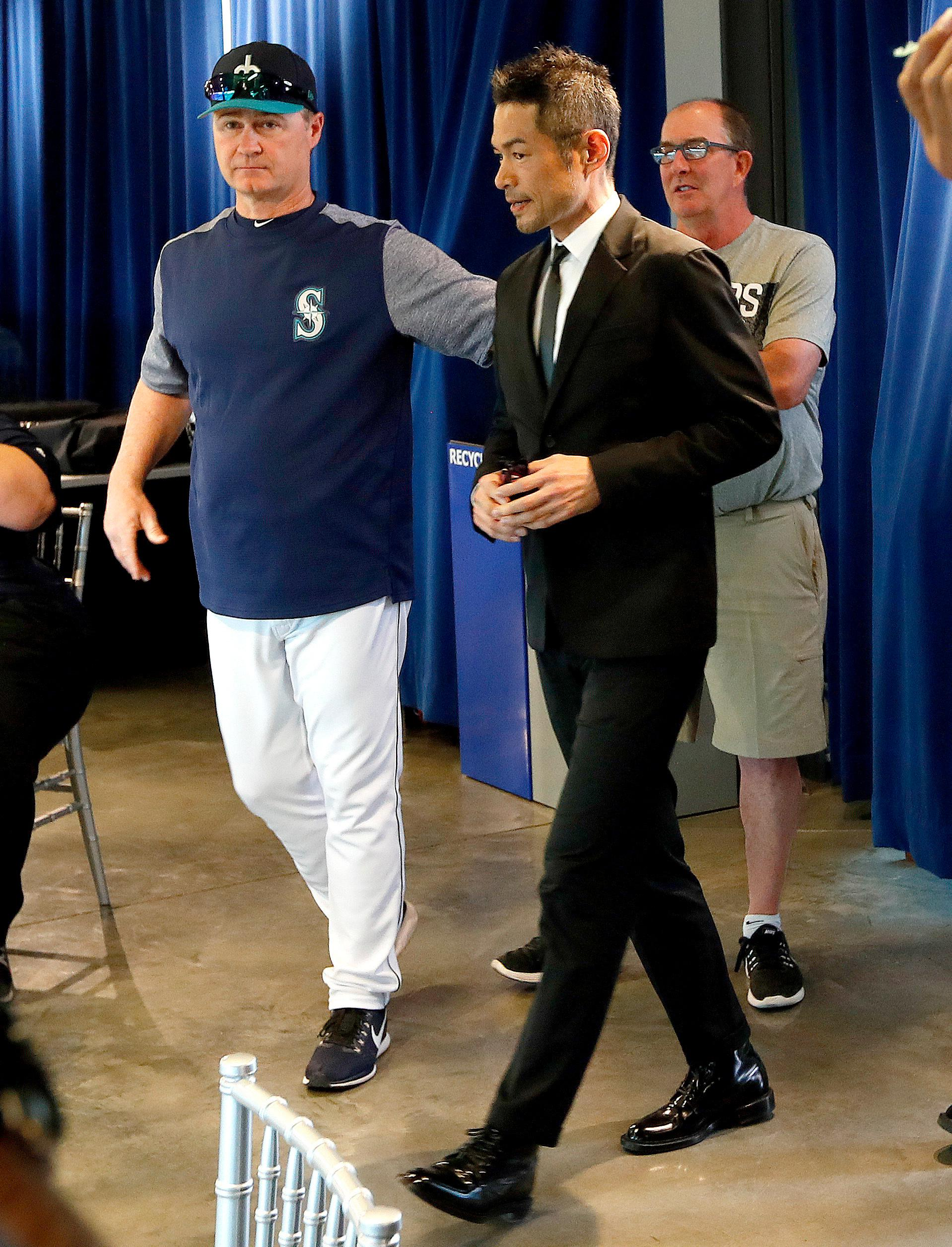 Ichiro is officially back with the Seattle Mariners | KIMA