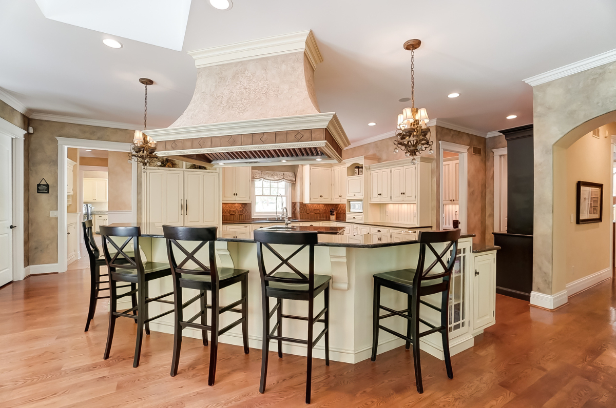 <p>A gourmet kitchen with top of the line appliances, a wet bar, a breakfast nook, and a formal dining room will make cooking and hosting guests a breeze. / Image courtesy of Wow Video Tours via Michael Franz of Coldwell Banker West Shell-Hyde Park // Published: 9.7.20</p>
