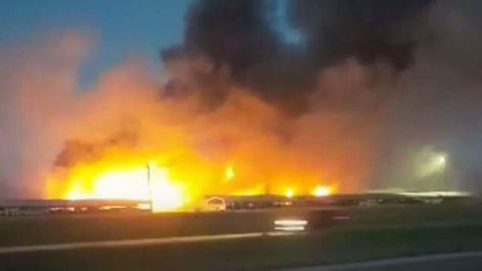 Fire destroys a classic car shop in Macoupin County | WICS