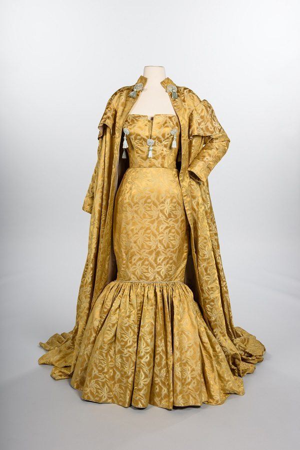 Evening gown and coat, 1959. Gift of Howard Blair, copyright MOHAI Collection.