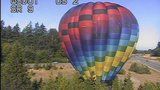 Hot air balloon makes surprise landing in middle of Snohomish highway median