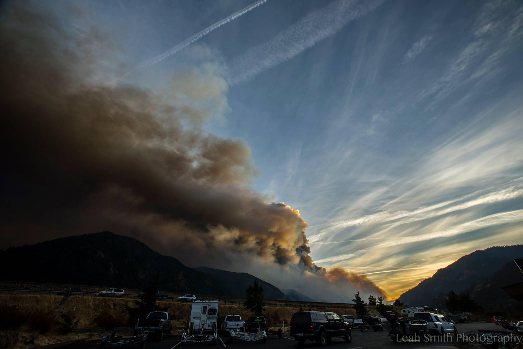 Smoke billows from the Eagle Creek Fire on Wednesday, Sept. 13, 2017. (Photo: Leah Smith)