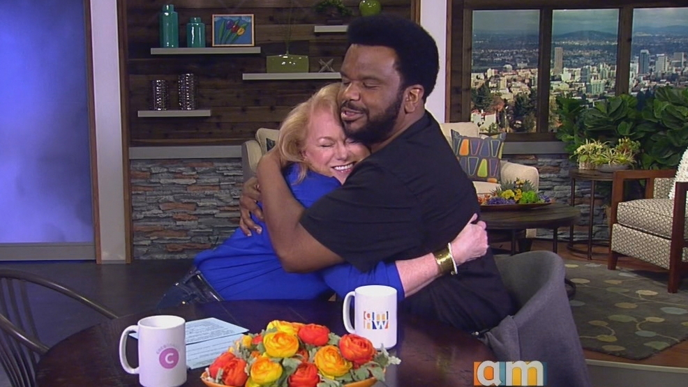 Craig Robinson and Helen hug it out!.jpg