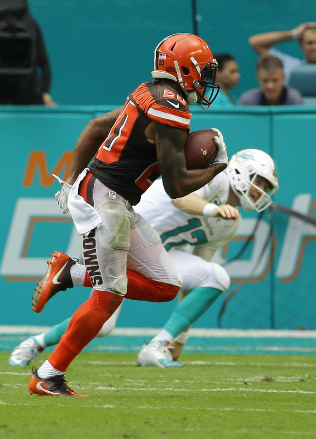 Sept 29 bengals opponent story links miami dolphins wkrc cleveland browns cornerback briean boddy calhoun 20 runs for a touchdown after intercepting voltagebd Image collections