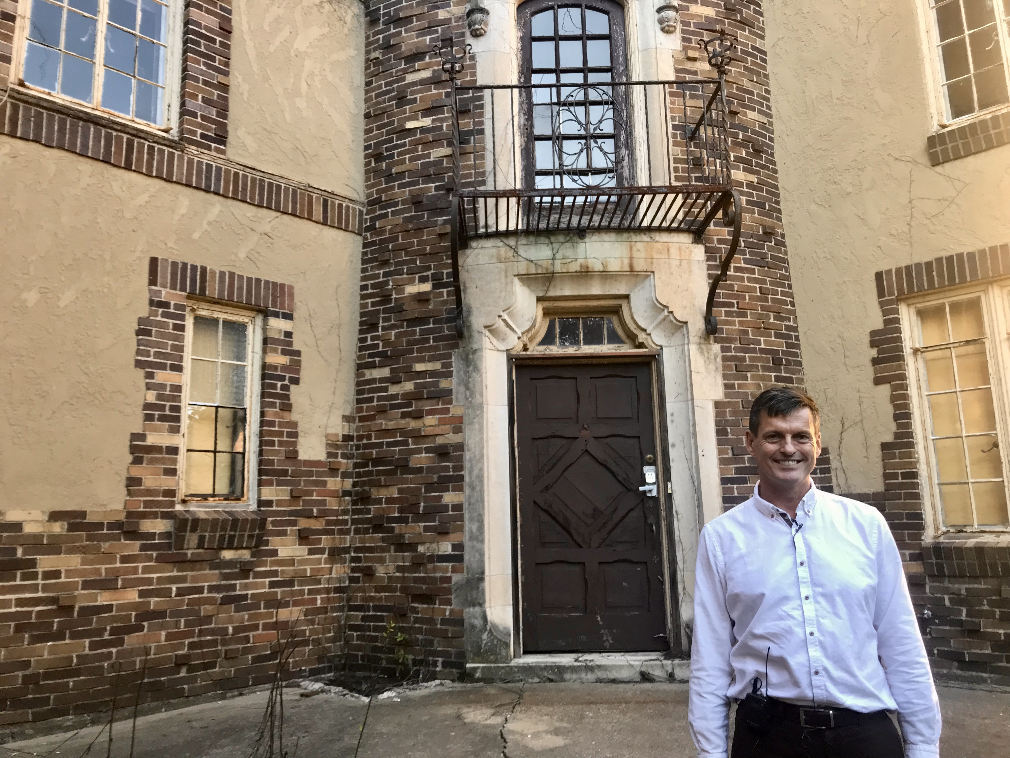 A University of Illinois professor has plans to restore a historical landmark by embracing its French-inspired architecture. His project looks convert the former sorority house into an 18-unit apartment complex. (WCCU)