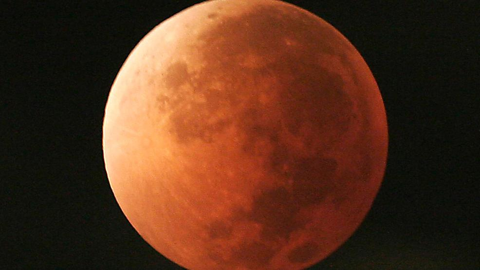 A Super Blood Blue Eclipsed Moon? Let's just say the moon will look a bit weird Wednesday