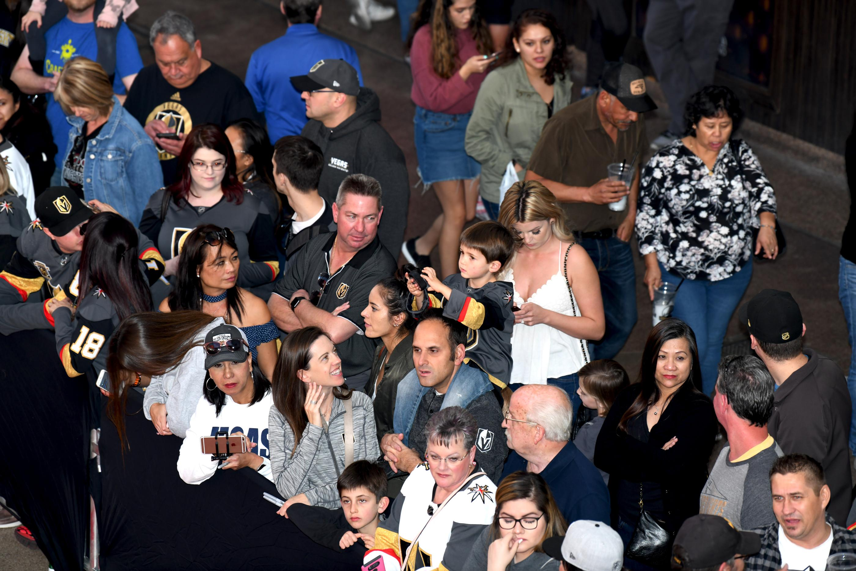 The Las Vegas Golden Knights host a Fan Fest with the D Las Vegas and Fremont Street Experience. In this photo fans await the arrival of the Las Vegas Golden Knights hockey team. Sunday, January 14, 2017. CREDIT: Glenn Pinkerton/Las Vegas News Bureau