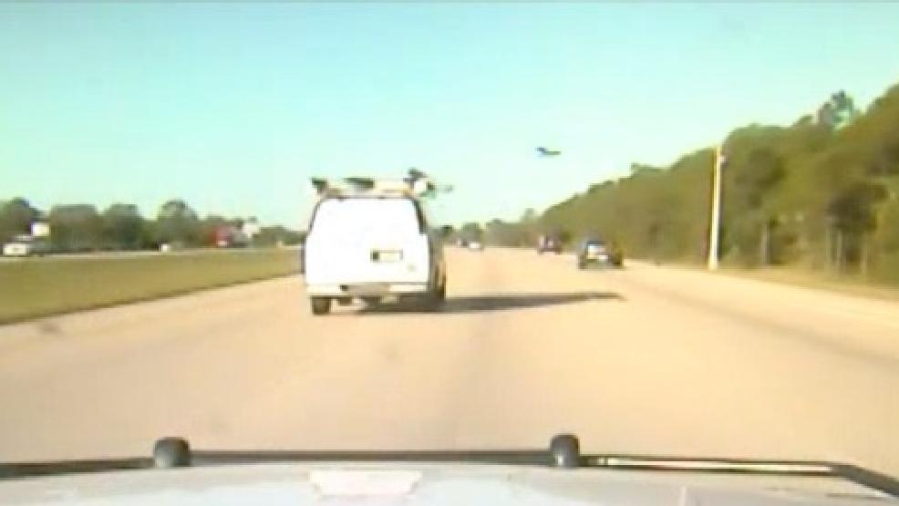 Dashcam footage shows dramatic ending to carjacking, high