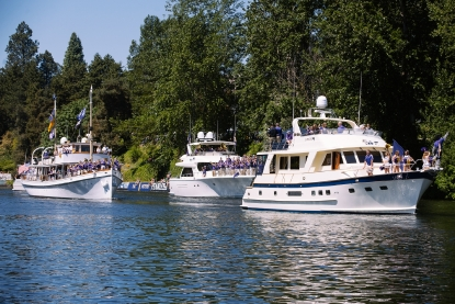 Photos: Thousands come out for Seattle Yacht Club's Opening Day