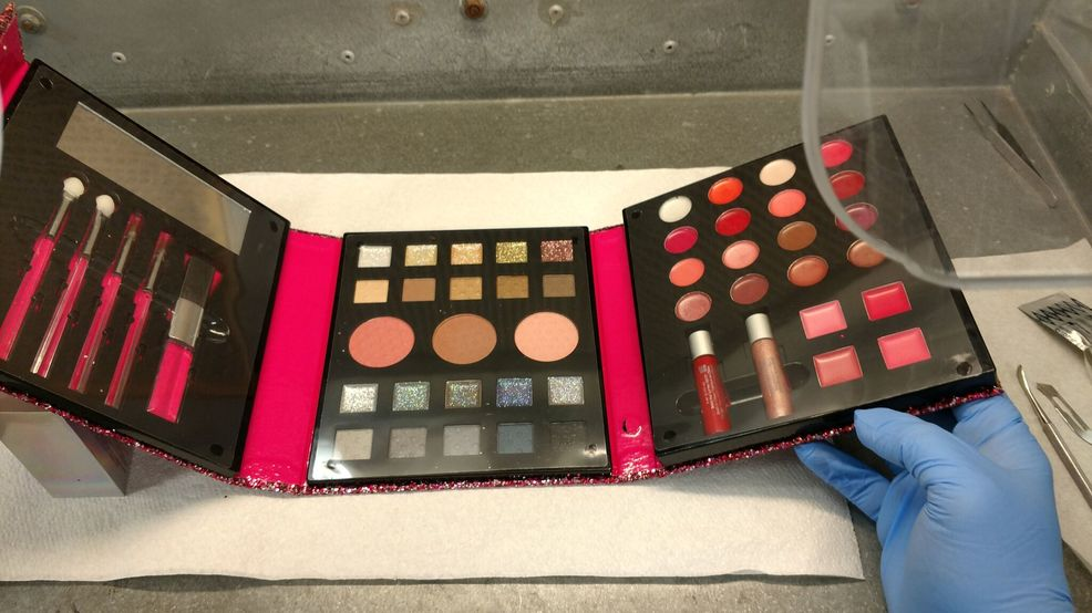 Consumer Advocate:Claire's pulls children's makeup after Barrington family finds asbestos