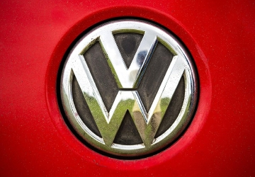 Judge to hear objections to $10B Volkswagen emissions deal