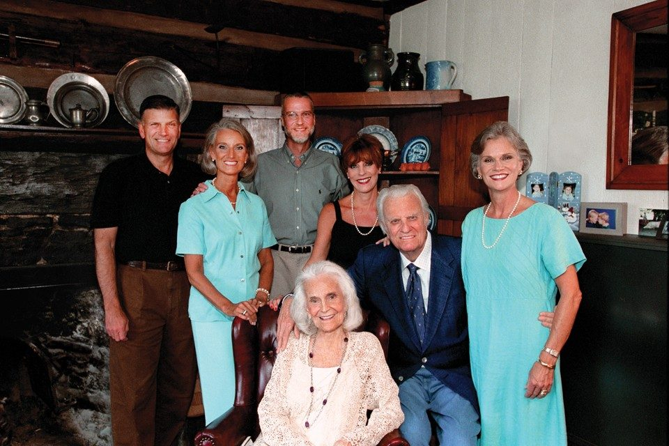 "A family gathering in 2003, four years before Ruth Graham passed away. ""You have your children for a few short years,"" she once wrote. ""Train them before the time is gone."" (Photo:  Billy Graham Evangelistic Association)"