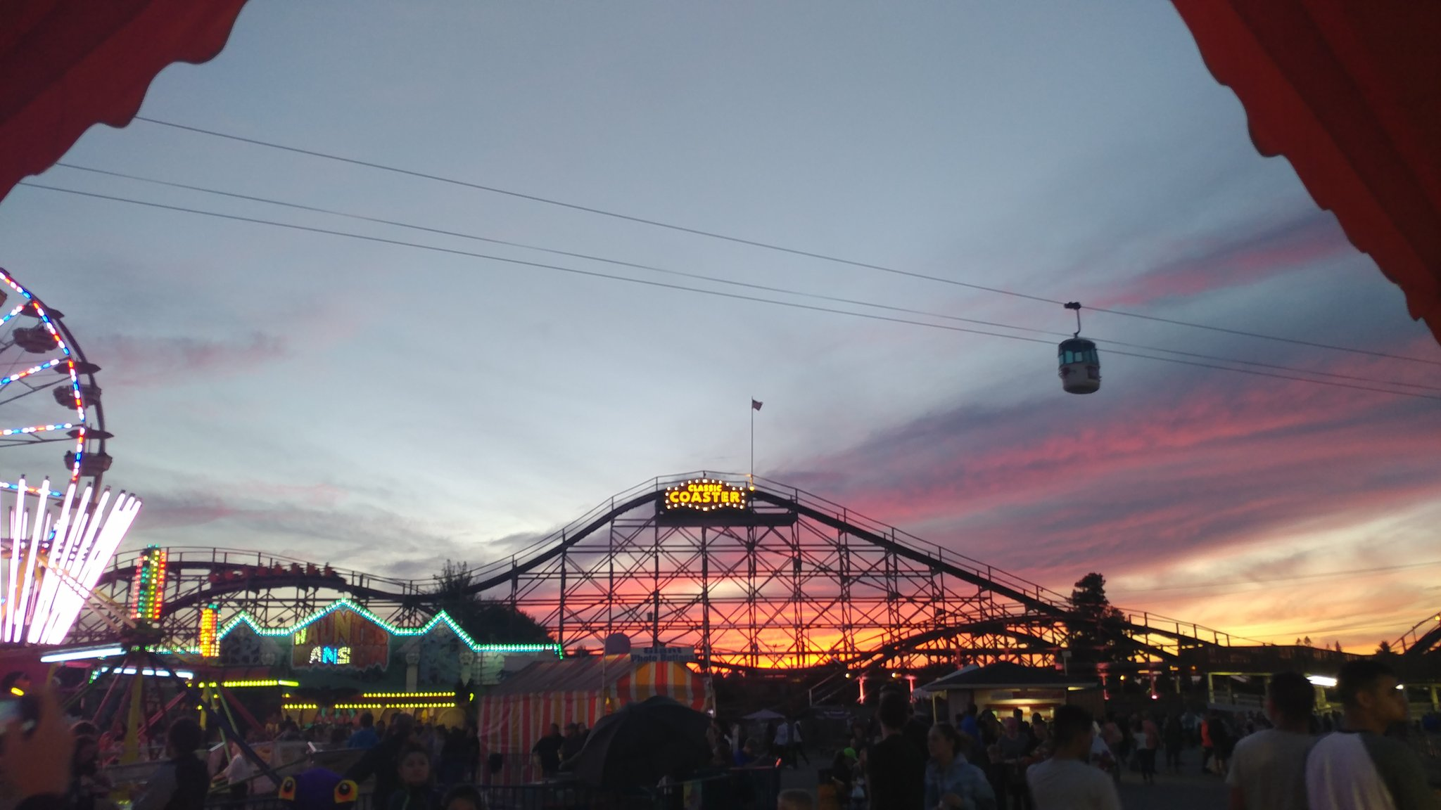 Sunset at the Washington State Fairgrounds in Puyallup, Wash. (Photo: Maewolf/Twitter)
