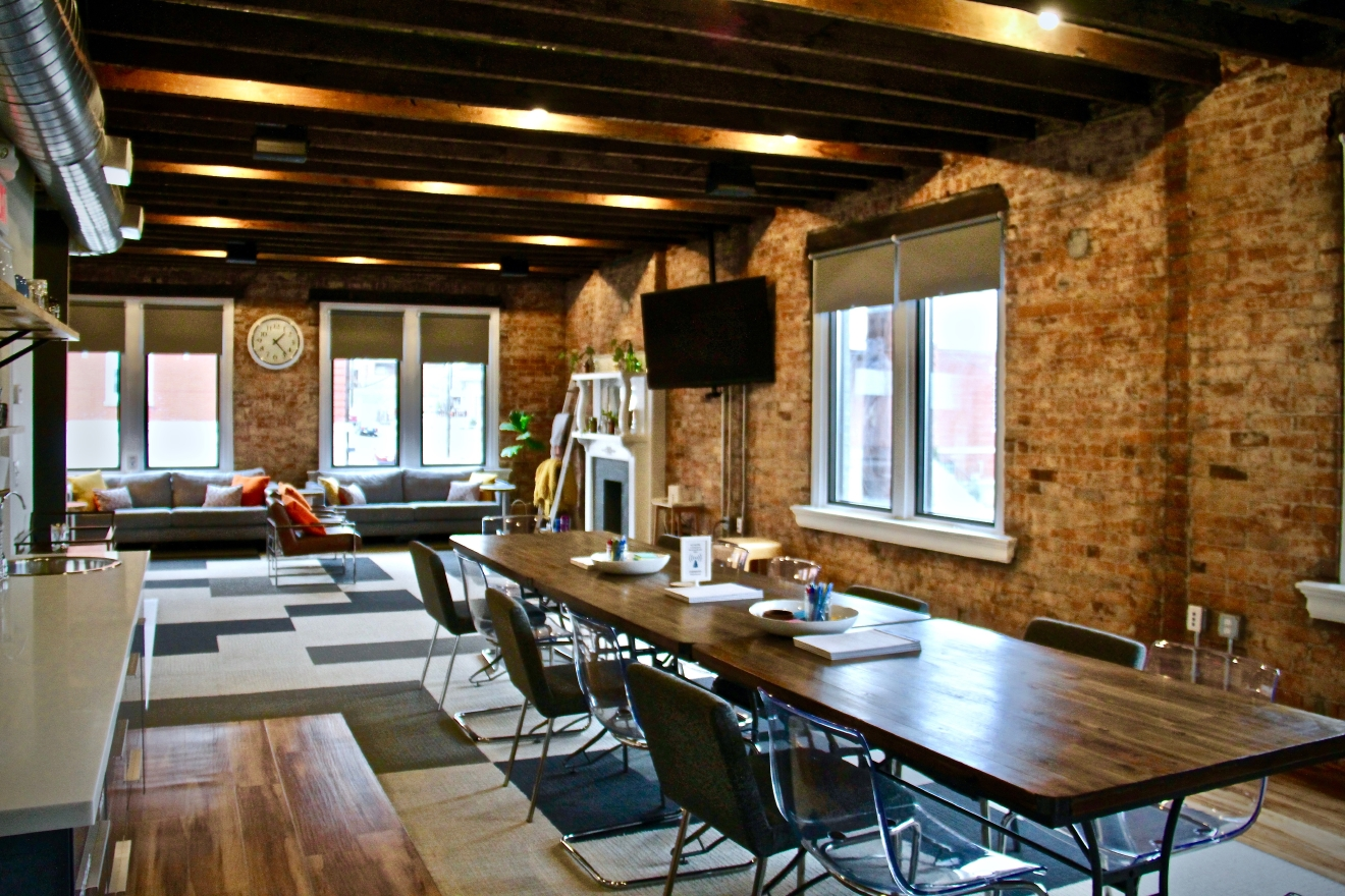 Whether you need to host a company strategy session or a private rehearsal dinner, The Living Room is there for you with its beautifully-designed creative meeting spaces. ADDRESS:  2369 (& 2368) Norwood Avenue,  Cincinnati, OH 45212 / Image: Christi Scott // Published: 2.23.17