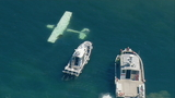 Small plane crashes in water off West Seattle; occupants escape