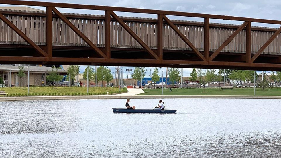 Canoes now available at Scissortail Park