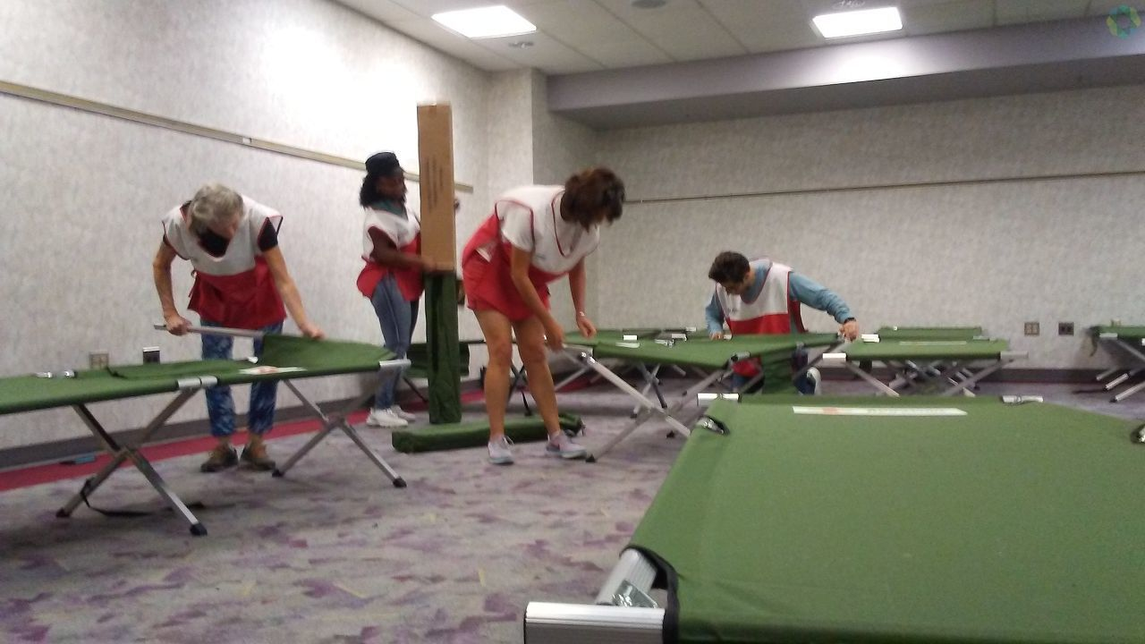 Beds being set up by the American Red Cross for evacuees in Florida (Photo submitted via Burst)