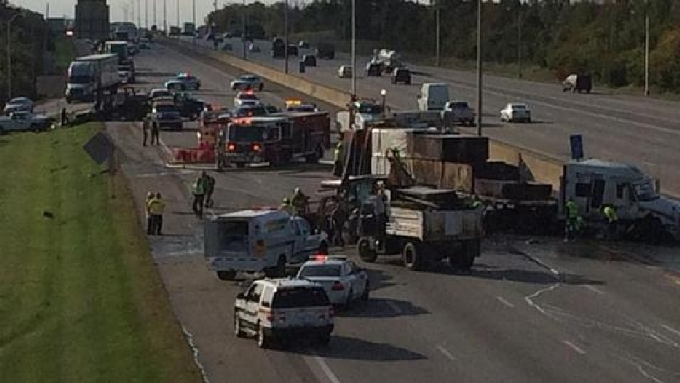 Crash Shuts Down I 75 71 In Boone County Wkrc