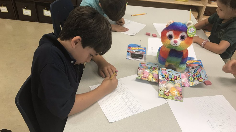 Second-graders write letters.jpg