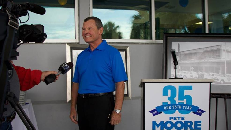 Pete Moore Vw >> Well Known Car Dealer Pete Moore Passes Away Wear