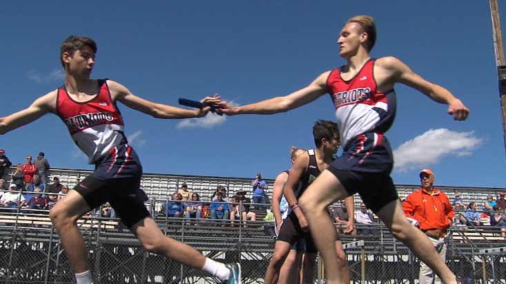 Adams Central makes the first exchange in the boys 3200 meter relay  at the Dave Gee Invite, hosted by Northwest High School, April 20, 2017 (NTV News)