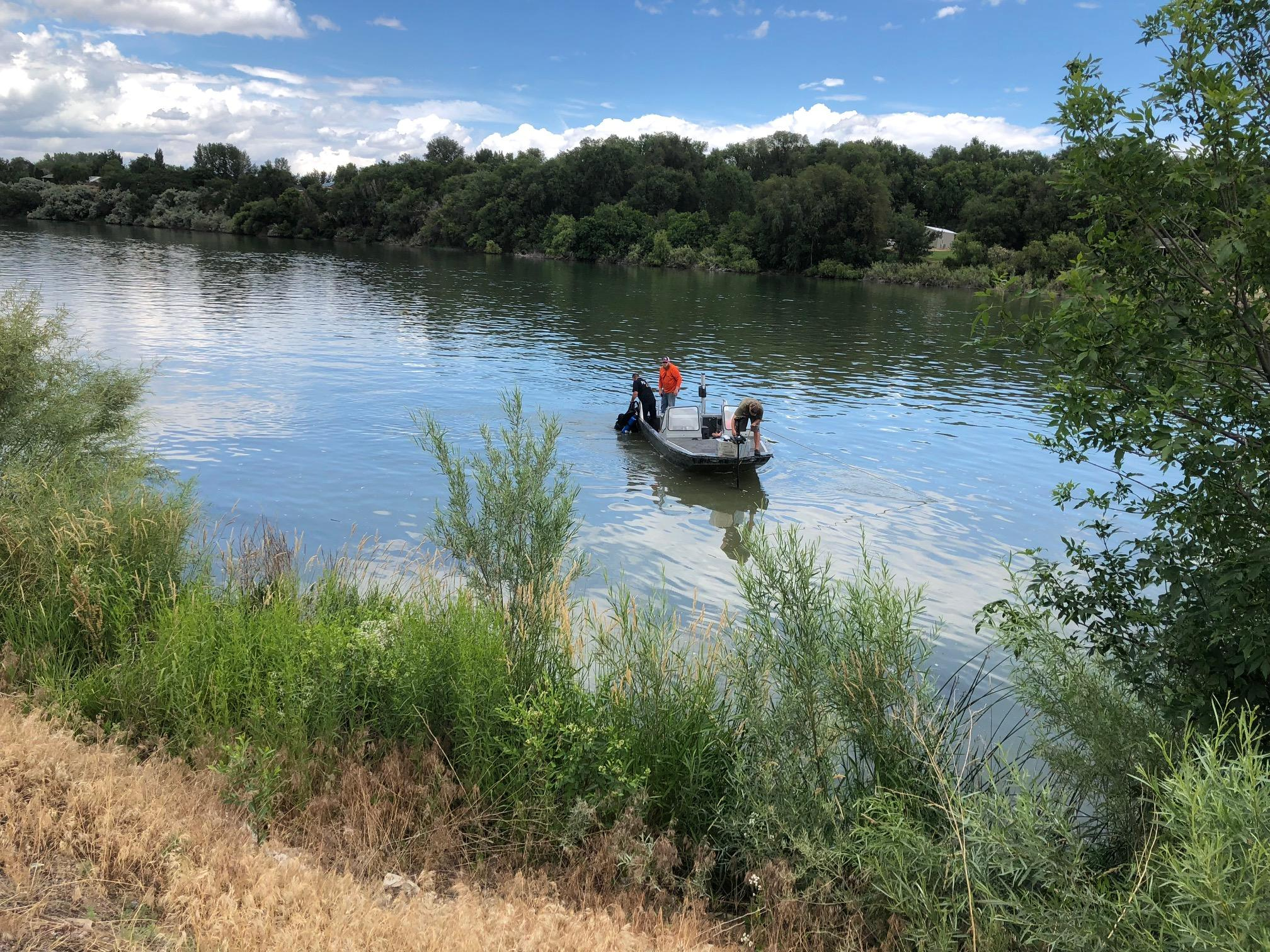 Sheriff deputies tell KBOI 2News that eight people were on the boat Wednesday night when the boat capsized. They received a 911 call around 10:30 p.m. (KBOI Staff Photo)