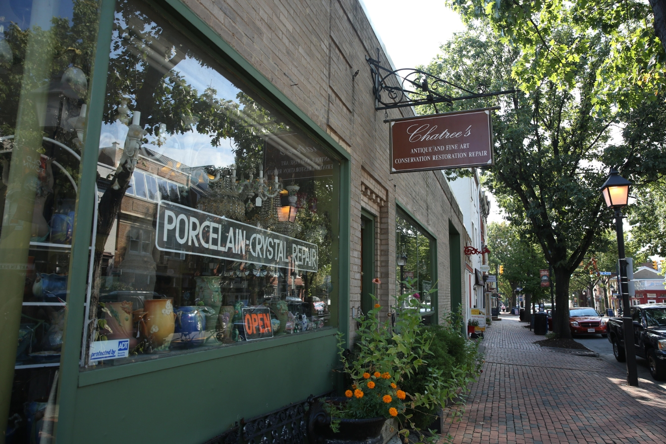If you want to get out of D.C., check out old town Alexandria. There are lots of cute boutiques and tons of charming blocks to explore. (Amanda Andrade-Rhoades/DC Refined)
