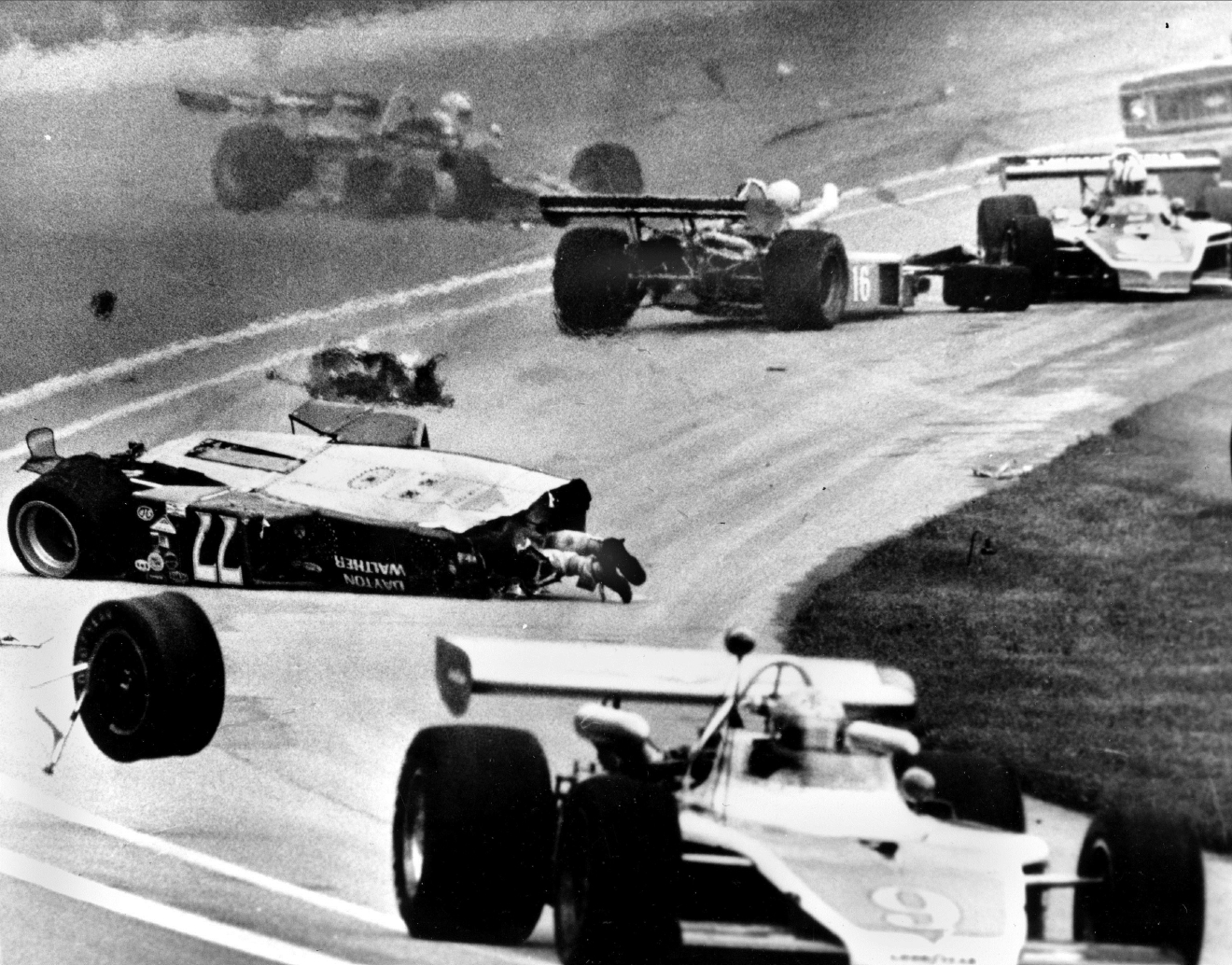 Worst crashes in indianapolis 500 history woai for Speedway motors lake charles