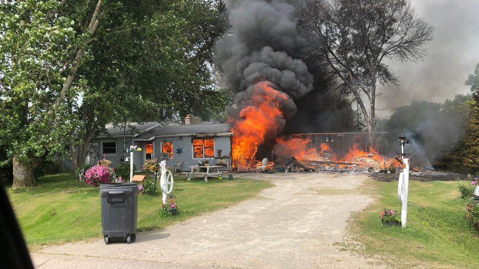 Crews Respond To Waupaca County House Fire