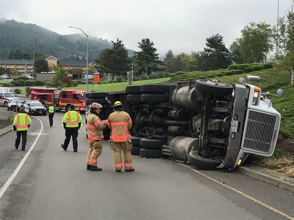A semi-truck rollover closed the Roseburg on-ramp for Exit 124 from Harvard Ave., Sept. 21, 2017. (Photo courtesy Roseburg Fire Dept.)