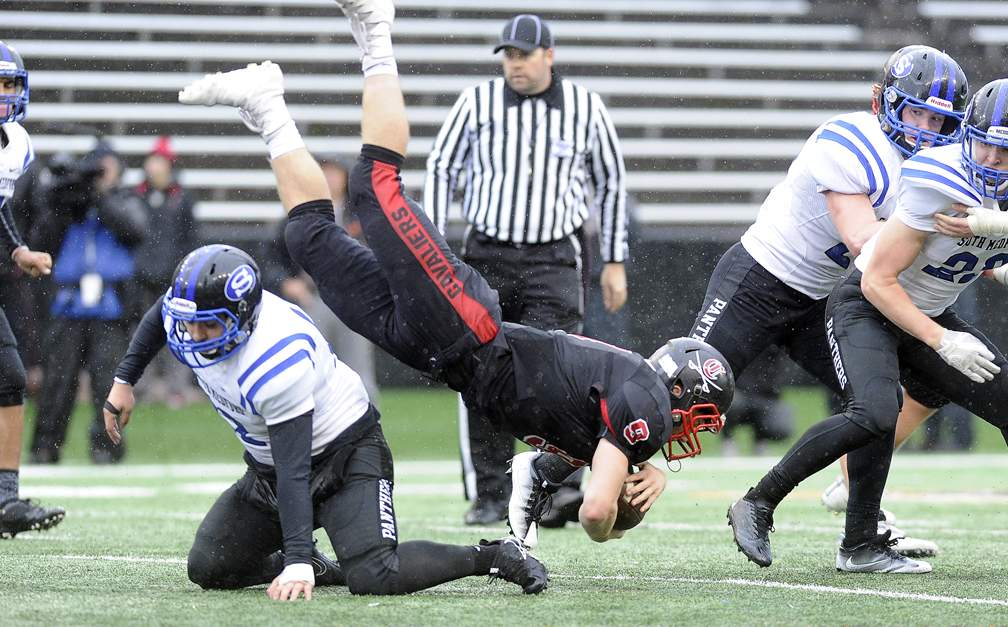 OSAA 6A Football Championship at Reeser Stadium on the campus of OSU in Corvallis 12-2-17. Clackamas 31, South Medford 30 - Andy Atkinson