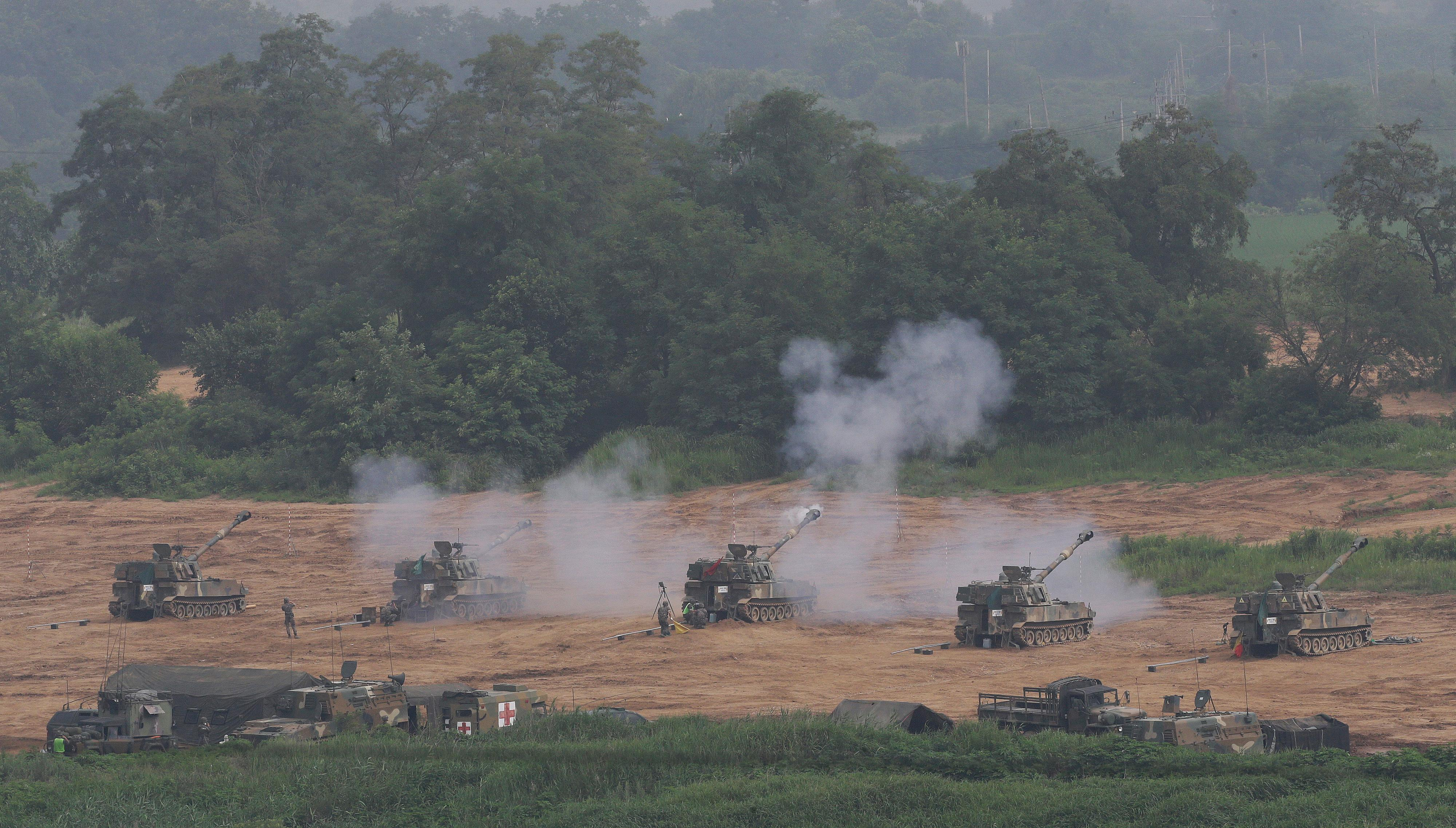 A South Korean army K-9 self-propelled howitzer fires during the annual exercise in Paju, South Korea near the border with North Korea, Wednesday, July 5, 2017. (AP Photo/Ahn Young-joon)