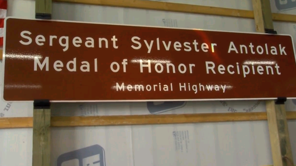 Medal Of Honor Recipient Honored In Belmont County Wtov