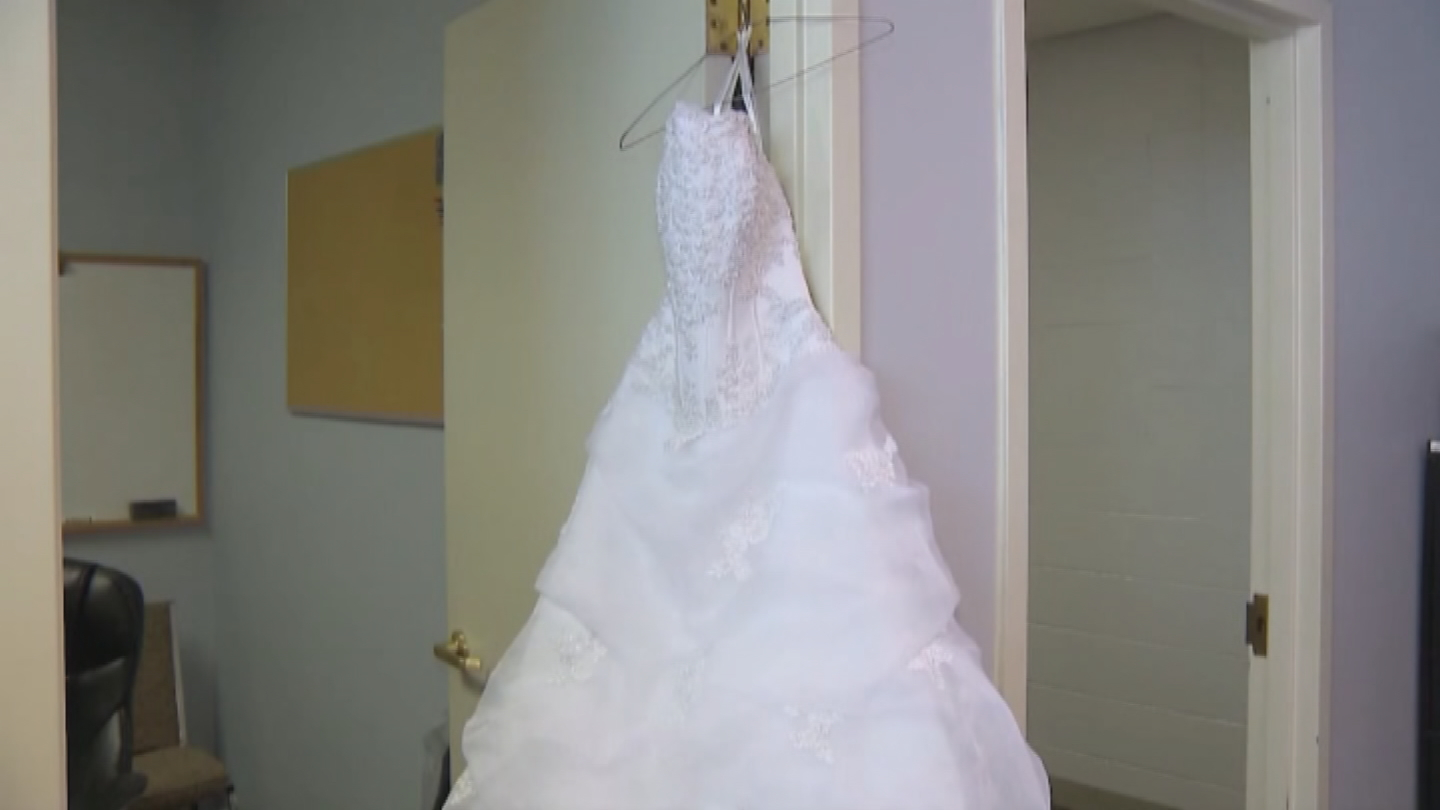 A Massachusetts woman is now searching for the rightful owner of a wedding dress found on the side of the road in Billerica.