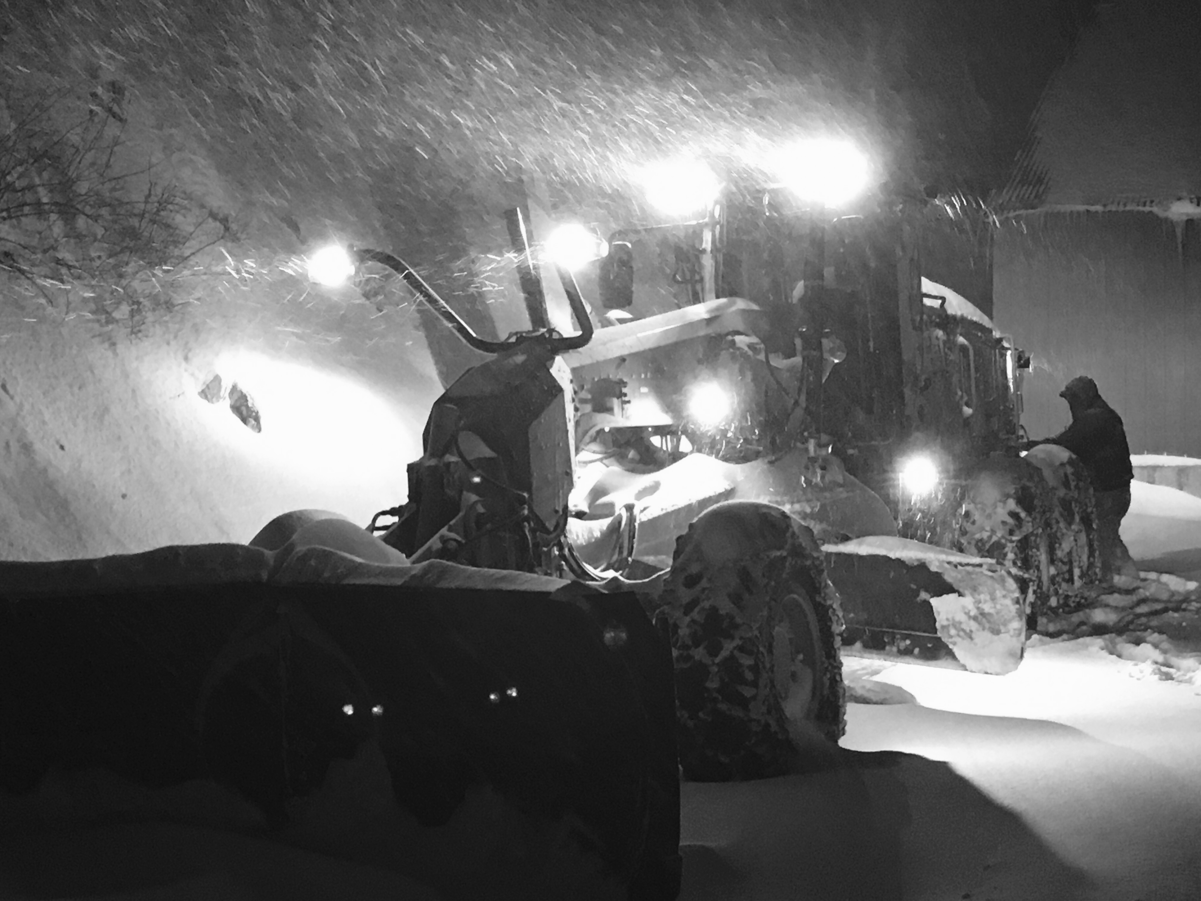 UDOT crews plow Big and Little Cottonwood Canyons early Christmas morning. (Photo: UDOT)<p></p>