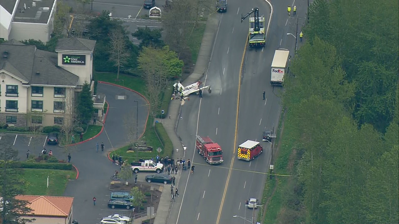 A small plane crashed near Paine Field on Tuesday afternoon, (Photo: KOMO News/Air 4)