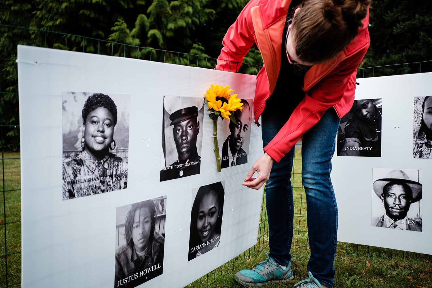 "The 'Say Their Names Memorial' was installed in Kirkland this week, and is an exhibit honoring Black lives lost to systemic racism and will be open to the public through November outside St. John's Episcopal Church on State St. The grassroots initiative started in Portland, Oregon on Juneteenth, and since then volunteers have organized memorials in more than 25 locations across the United States.{&nbsp;}<a  href=""https://nam04.safelinks.protection.outlook.com/?url=https%3A%2F%2Fwww.saytheirnamesmemorials.com%2F&data=04%7C01%7Cbsthorson%40sbgtv.com%7Caade81b34d82467403d908d8745d0b12%7C897dbc0dc02d43479a713e589c67f8aa%7C0%7C0%7C637387290259570154%7CUnknown%7CTWFpbGZsb3d8eyJWIjoiMC4wLjAwMDAiLCJQIjoiV2luMzIiLCJBTiI6Ik1haWwiLCJXVCI6Mn0%3D%7C1000&sdata=1DxfEMa5Hryf0qHDIuqWRp1PpSjcQ33AjWZ2wXXwUSk%3D&reserved=0"" target=""_blank"" title=""https://nam04.safelinks.protection.outlook.com/?url=https%3A%2F%2Fwww.saytheirnamesmemorials.com%2F&data=04%7C01%7Cbsthorson%40sbgtv.com%7Caade81b34d82467403d908d8745d0b12%7C897dbc0dc02d43479a713e589c67f8aa%7C0%7C0%7C637387290259570154%7CUnknown%7CTWFpbGZsb3d8eyJWIjoiMC4wLjAwMDAiLCJQIjoiV2luMzIiLCJBTiI6Ik1haWwiLCJXVCI6Mn0%3D%7C1000&sdata=1DxfEMa5Hryf0qHDIuqWRp1PpSjcQ33AjWZ2wXXwUSk%3D&reserved=0"">The initiative{&nbsp;}</a>manages an ongoing submission-driven database that includes names, photos and bios so the team can produce traveling memorials for public exhibition as well as providing support for communities looking to create grassroots memorials in their own neighborhoods. Their aim is to facilitate conversation around systemic racism while honoring those whose lives have been taken by it. (Image:{&nbsp;} Morgan Petroski Photography)"