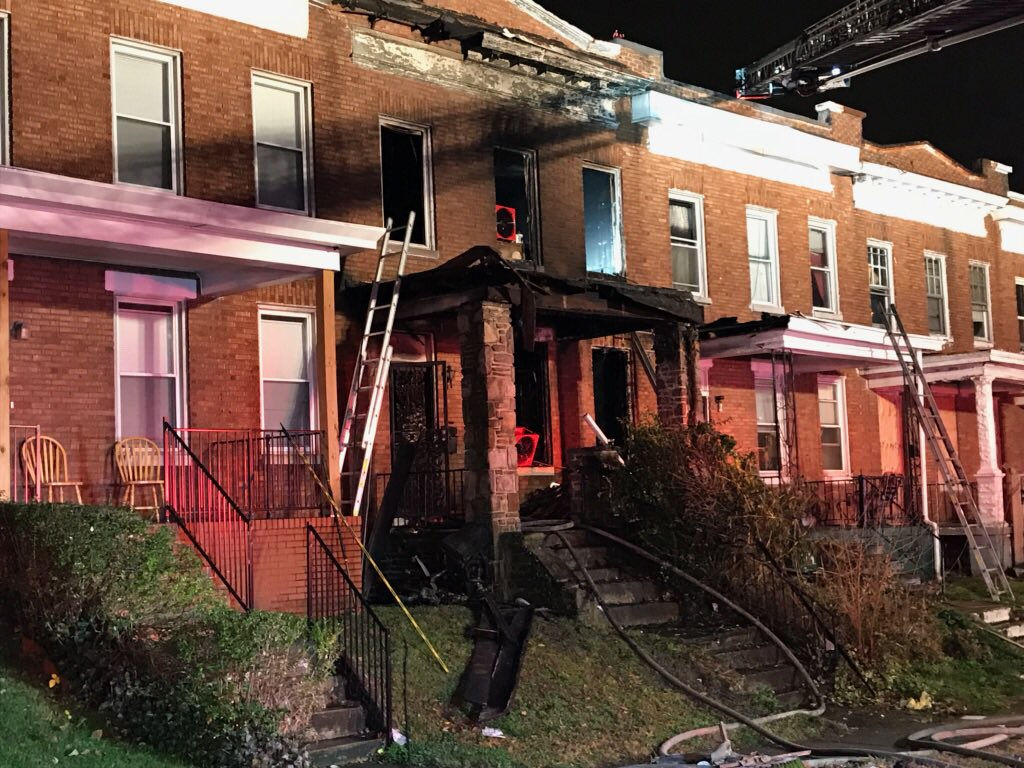 Man dead in overnight house fire in northeast Baltimore (Credit: Baltimore City Fire Department)<p></p>