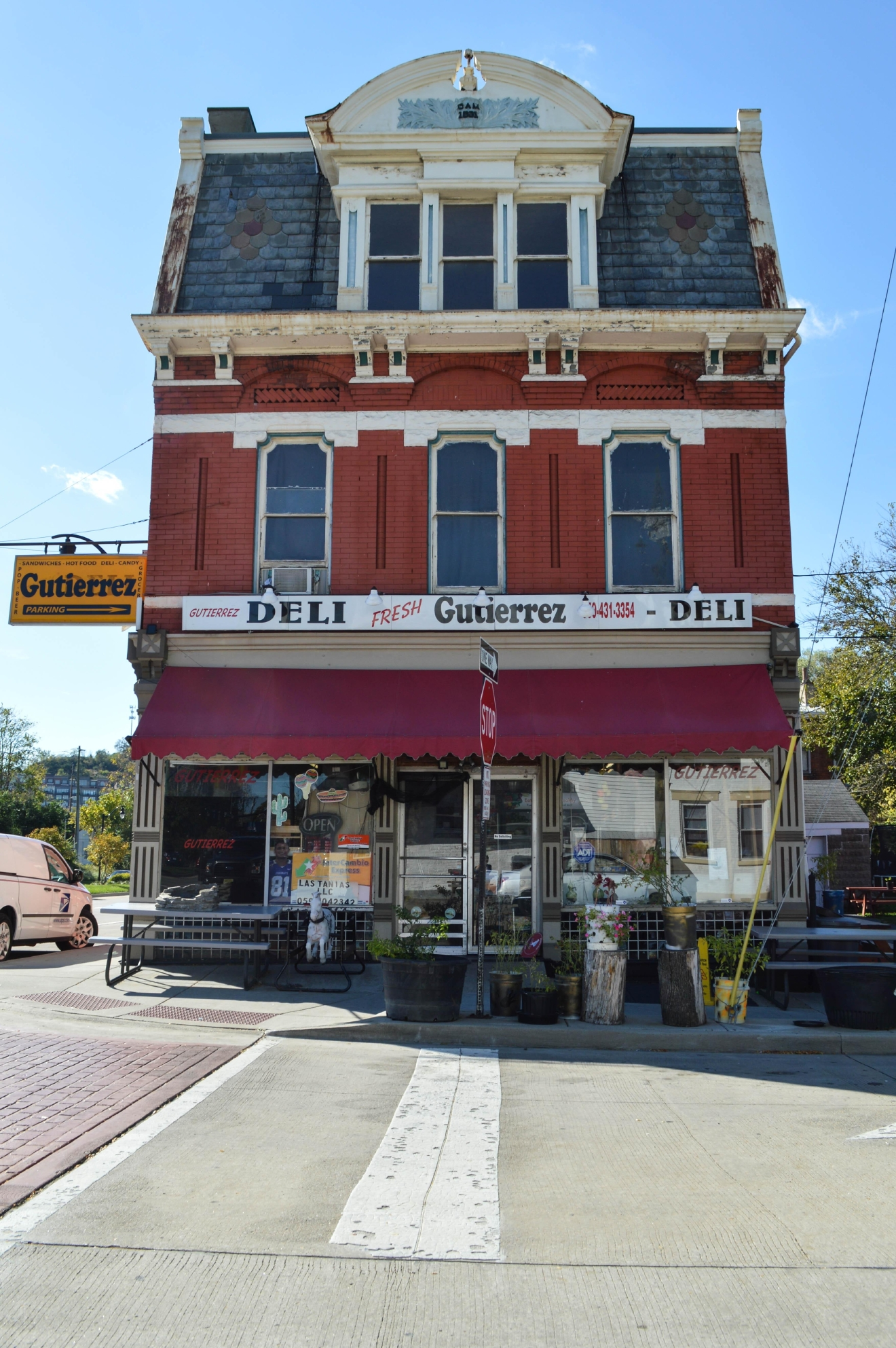 Gutierrez Deli sells Hispanic groceries and Mexican food that's made-to-order. It is located at 1131 Lee Street, Covington, KY 41011. / Image: Liliana Dillingham / Published: 10.30.16