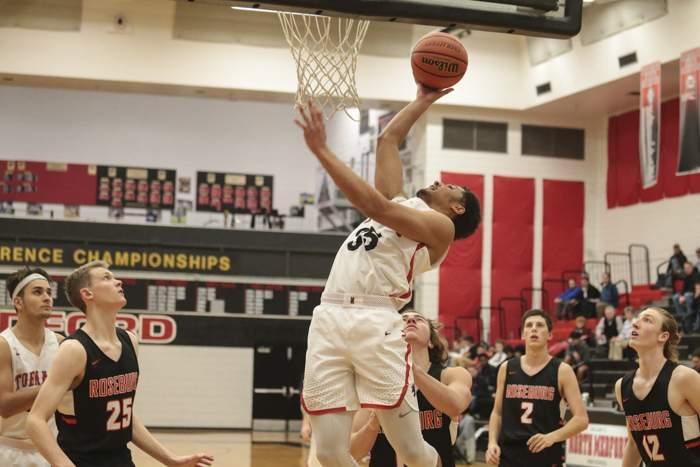 Abby's Holiday Classic Boys' Basketball Tournament, North Medford High vs. Roseburg High, at North Medford High School. [ // PHOTOS BY: LARRY STAUTH JR]