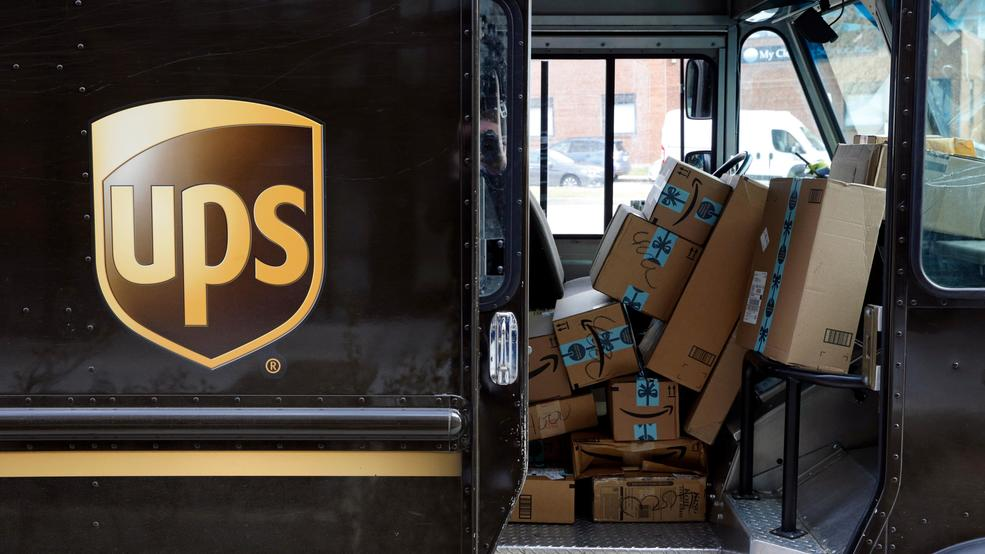 UPS to hire 1,700 extra workers in Seattle area for holiday season